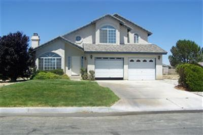 26940 Pirateer Ln, Helendale, CA 92342
