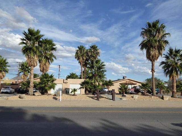 15877 Tuscola Rd, Apple Valley, CA 92307
