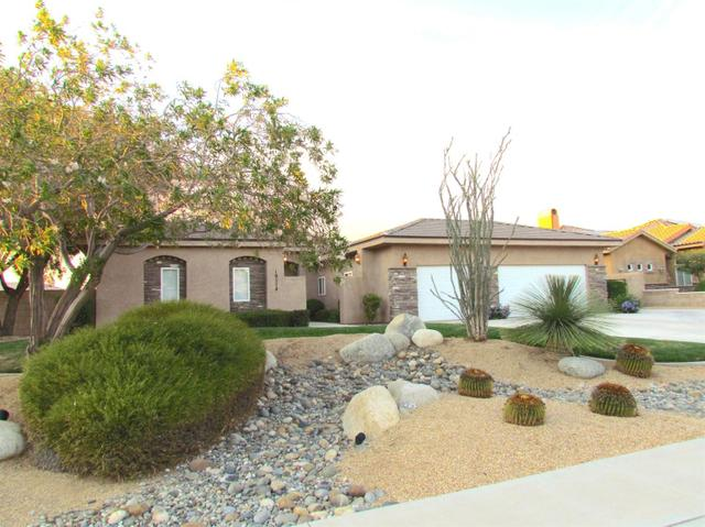 19274 Kanbridge St, Apple Valley, CA 92308