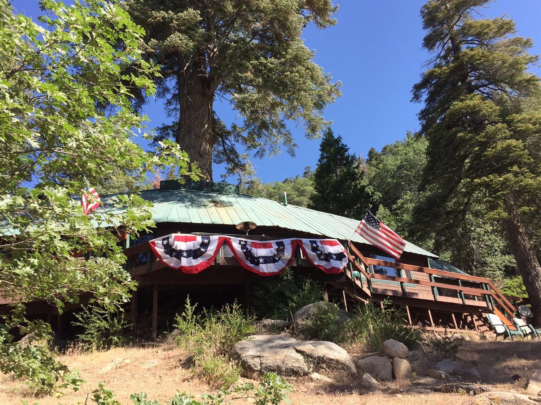 217 Big Bear Trail, Fawnskin, CA 92333