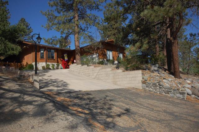 5388 Lone Pine Canyon Rd, Wrightwood, CA 92397