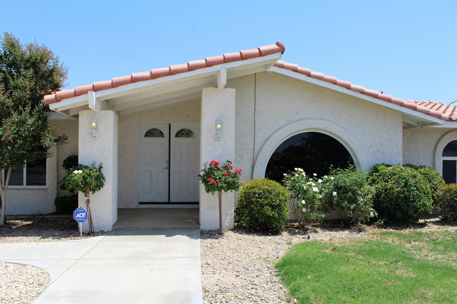 15485 Idaho Road, Apple Valley, CA 92307