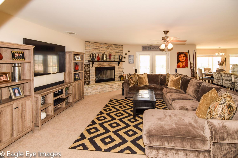 9414 Monte Vista Drive, Apple Valley, CA 92308