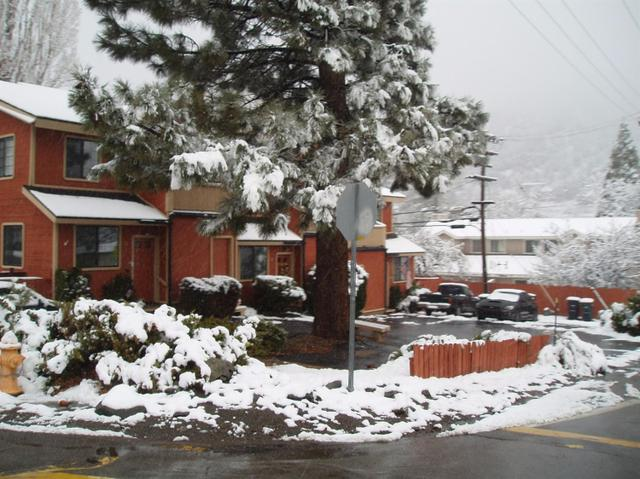 6078 Spruce, Wrightwood, CA 92397