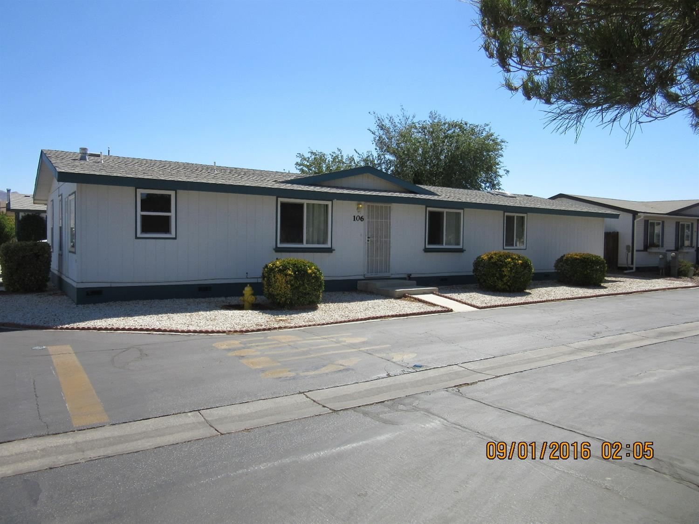 7442 Juniper Hills Rd, Apple Valley, CA 92308