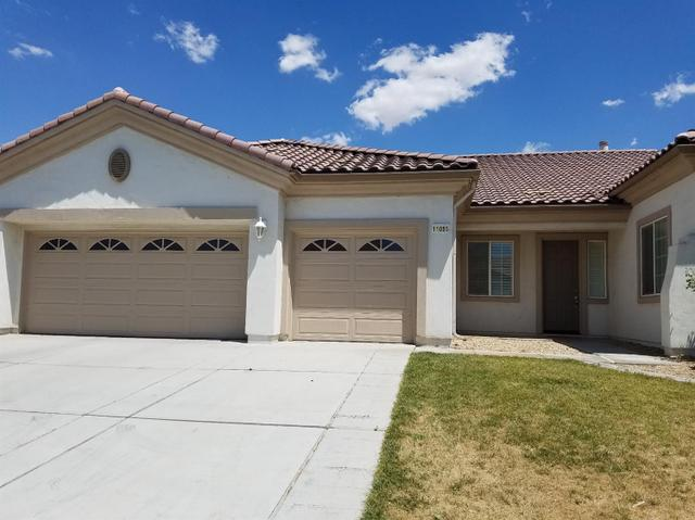 11085 Dandelion Ln, Apple Valley, CA 92308