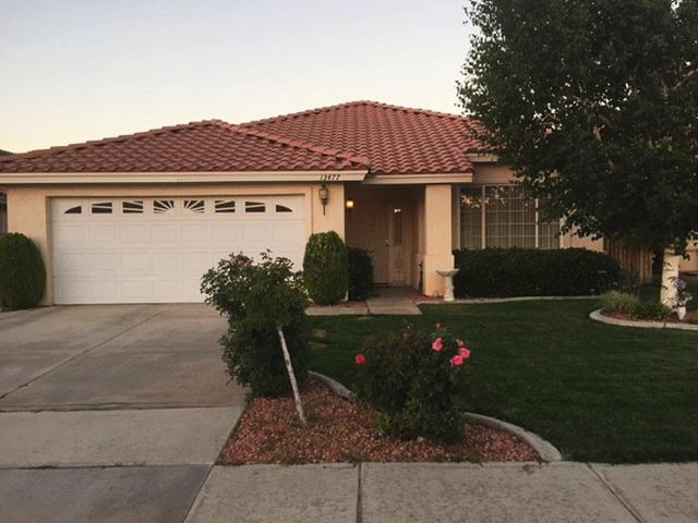 13477 Lakeside Dr, Victorville, CA 92395