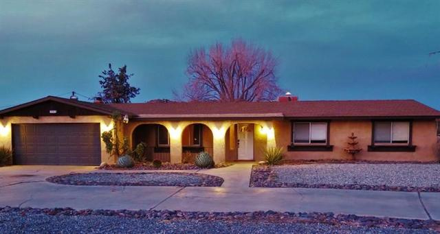 14301 Ricaree Rd, Apple Valley, CA 92307