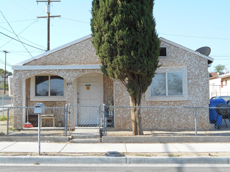 620 E Buena Vista St, Barstow, CA 92311