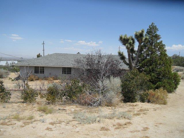 8721 Waldroy Ln, Pinon Hills, CA 92372