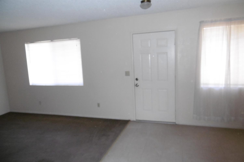 11917 A Avenue #10, Hesperia, CA 92345