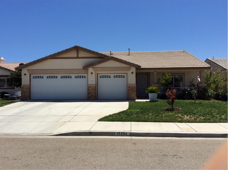 13251 Cameron St, Victorville, CA 92392