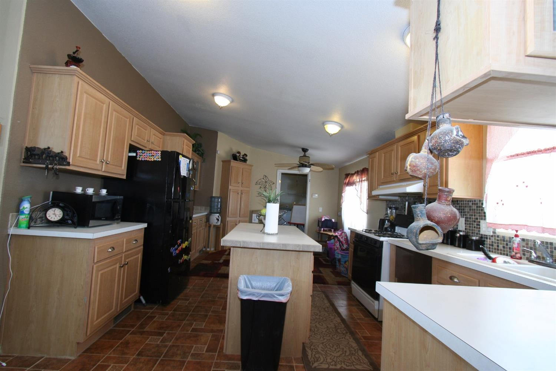 48646 Morgan Lane, Newberry Springs, CA 92365