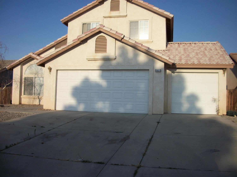 8953 Glenwood Avenue, Hesperia, CA 92344
