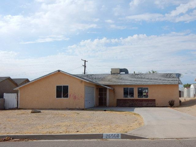 25508 Eaton St, Barstow, CA 92311
