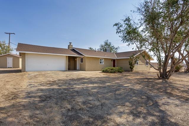 22455 Little Beaver Rd, Apple Valley, CA 92308