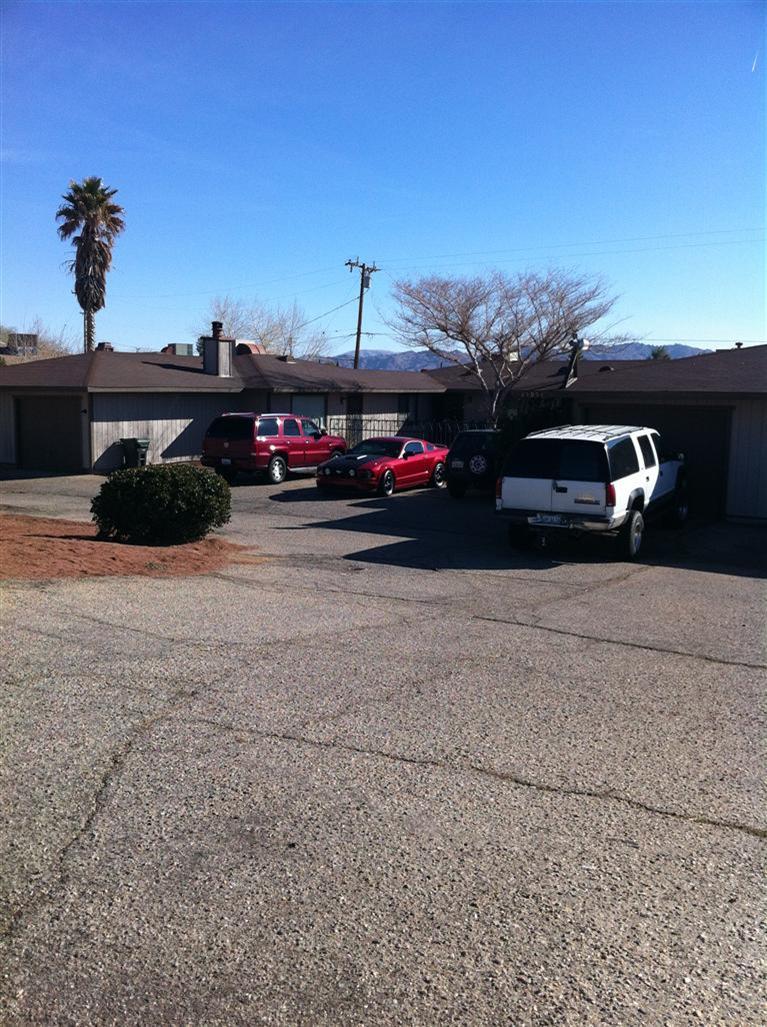15951 Rancherias Road #2, Apple Valley, CA 92307