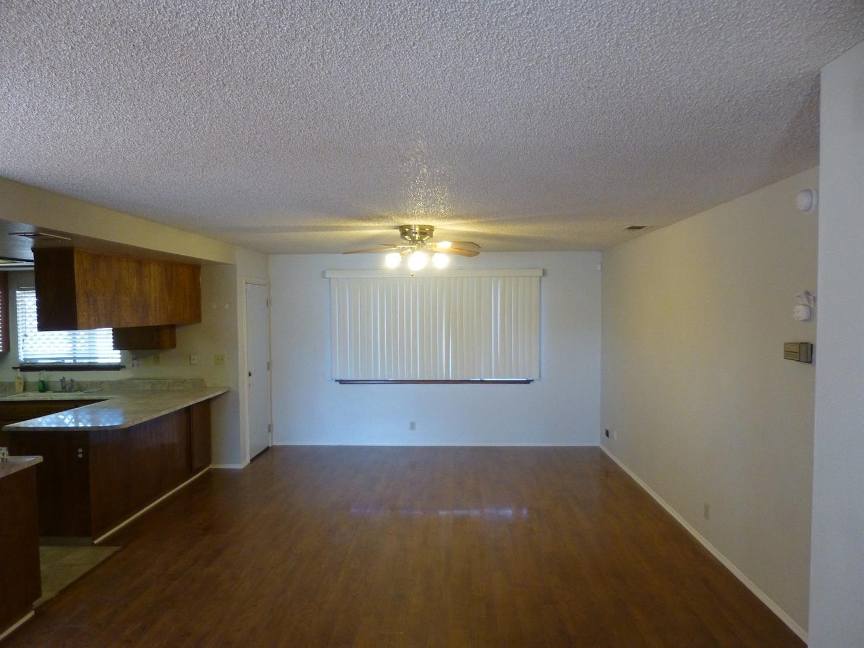 9203 Hickory Avenue, Hesperia, CA 92345