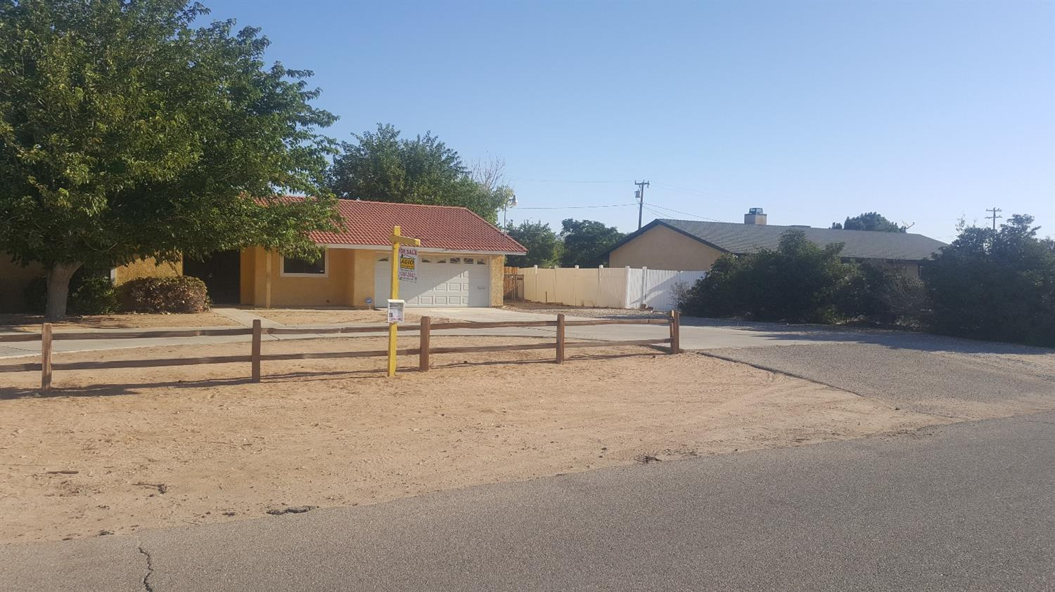 22166 Mohican Avenue, Apple Valley, CA 92307