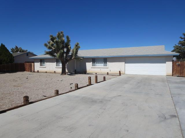 22036 Standing Rock Avenue Ave, Apple Valley, CA 92307