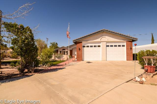 15610 Myalon Rd, Apple Valley, CA 92307