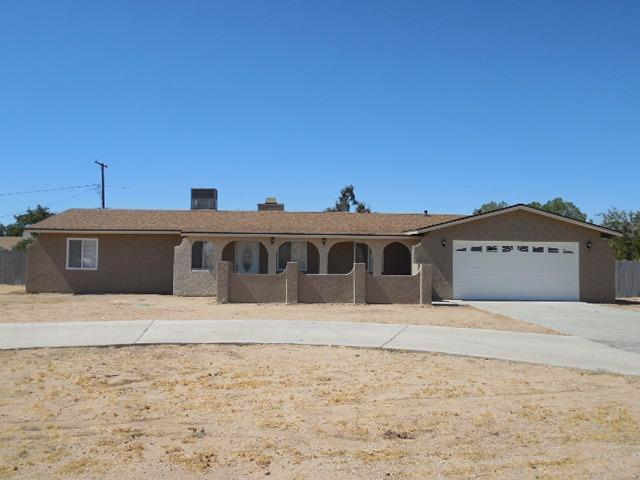 12402 Tesuque St, Apple Valley, CA 92308