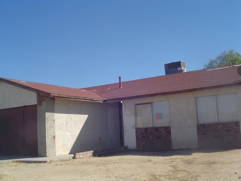 15947 Puesta Del Sol Dr, Victorville, CA 92394