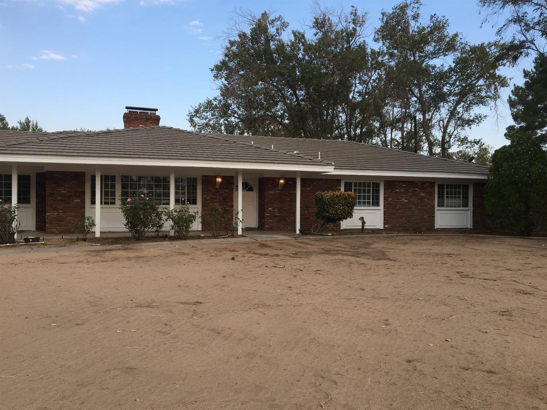 13801 Seminole Road, Apple Valley, CA 92307
