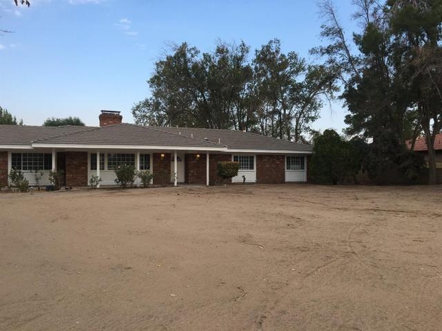 13801 Seminole Rd, Apple Valley, CA 92307
