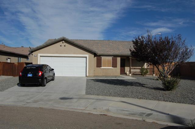 15715 Pine Bluff Ct, Adelanto, CA 92301