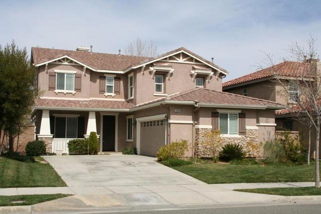 33046 Canopy Ln, Lake Elsinore, CA 92532