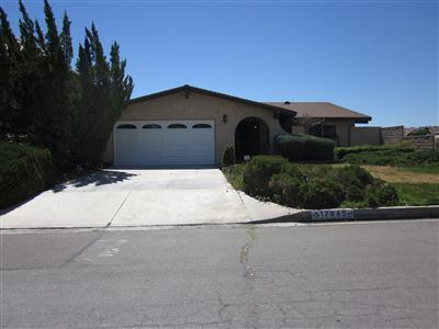 17945 Lakeview Dr, Victorville, CA 92395