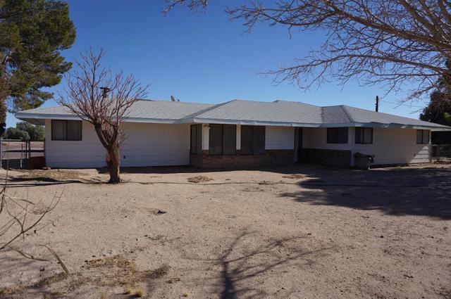 30819 Athol Ln, Newberry Springs, CA 92365