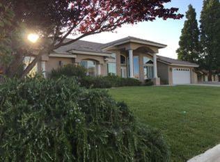 13670 Hidden Valley Road, Victorville, CA 92395