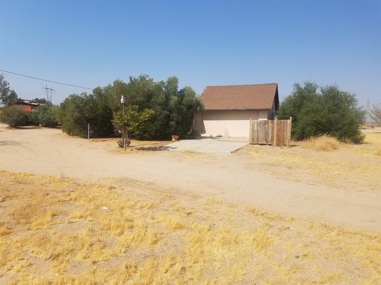 11122 Amethyst Road, Victorville, CA 92392