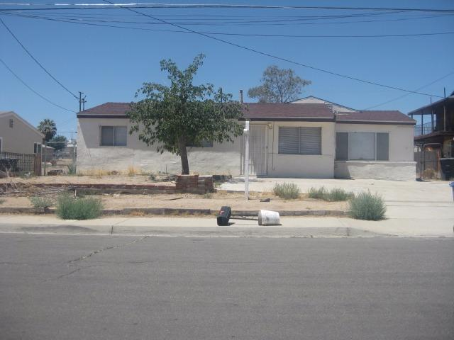 1410 Mesa Dr, Barstow, CA 92311