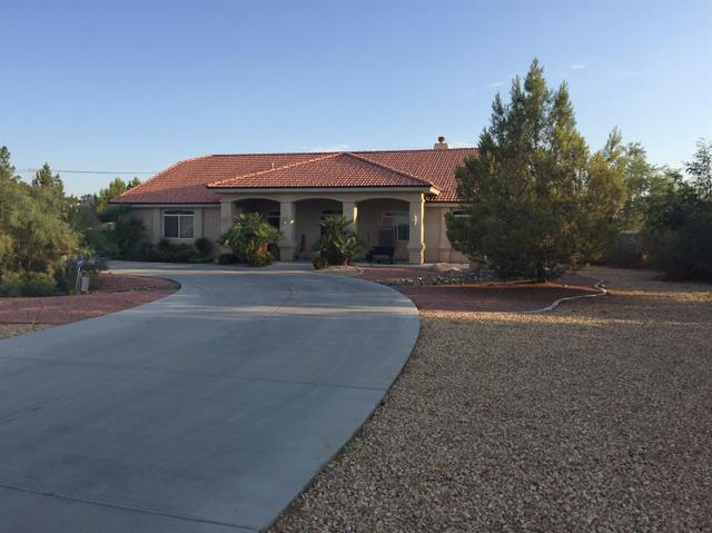 19971 Outer Hwy 18, Apple Valley, CA 92307