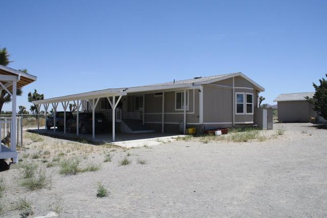 3325 Rancho Rd, Phelan, CA 92371
