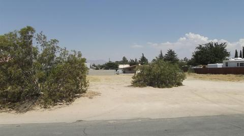 Undisclosed, Apple Valley, CA 92307
