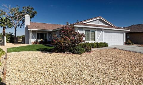 13742 Greenwood Pl, Victorville, CA 92395