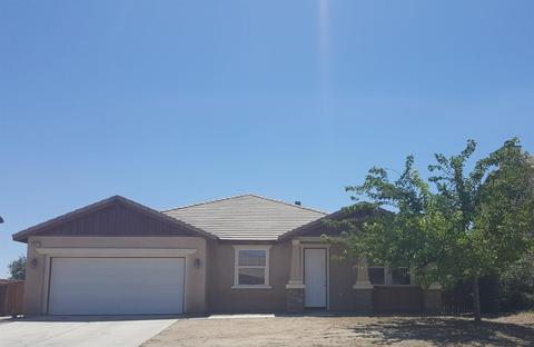13527 Morningside St, Hesperia, CA 92344