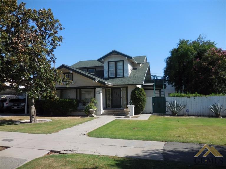 215 Eureka Street, Bakersfield, CA 93305
