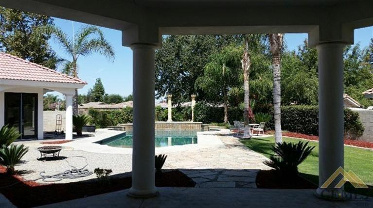 7824 Davin Park Drive, Bakersfield, CA 93308