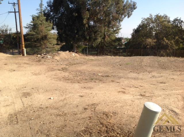2009 Owen St #A, Bakersfield, CA 93305