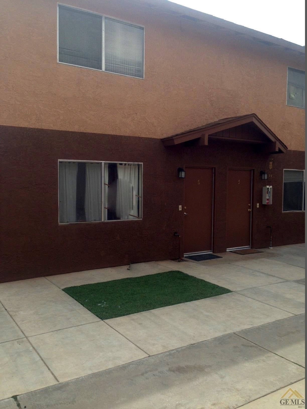 206 Mccord Avenue, Bakersfield, CA 93308