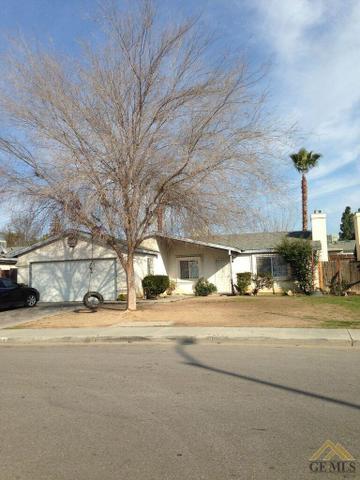303 Sowerby Village Ln, Bakersfield, CA 93307