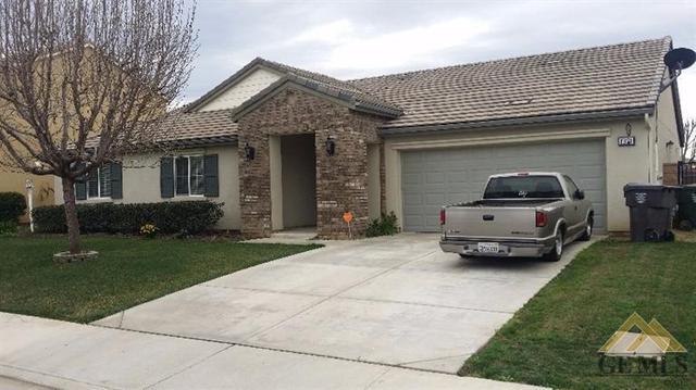 1321 Los Cantos Ave, Arvin, CA 93203