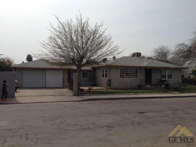 7801 Palm Ave, Lamont, CA 93241