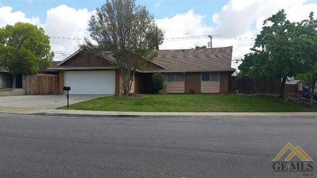 2805 Del Monte Dr, Bakersfield, CA 93306