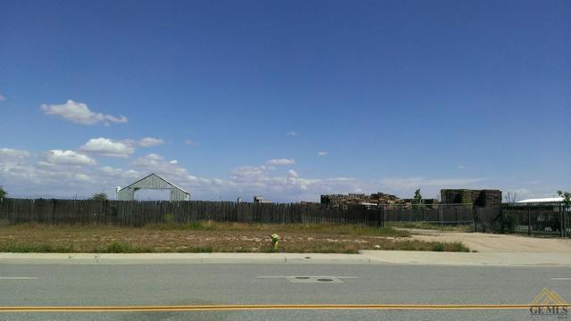 320 Carsen Way, Shafter, CA 93263